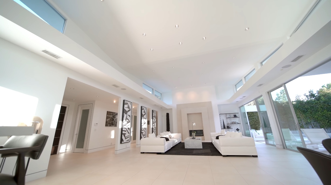 Tour 1003 N Beverly Dr, Beverly Hills Luxury Home vs. 38 Interior Design Photos