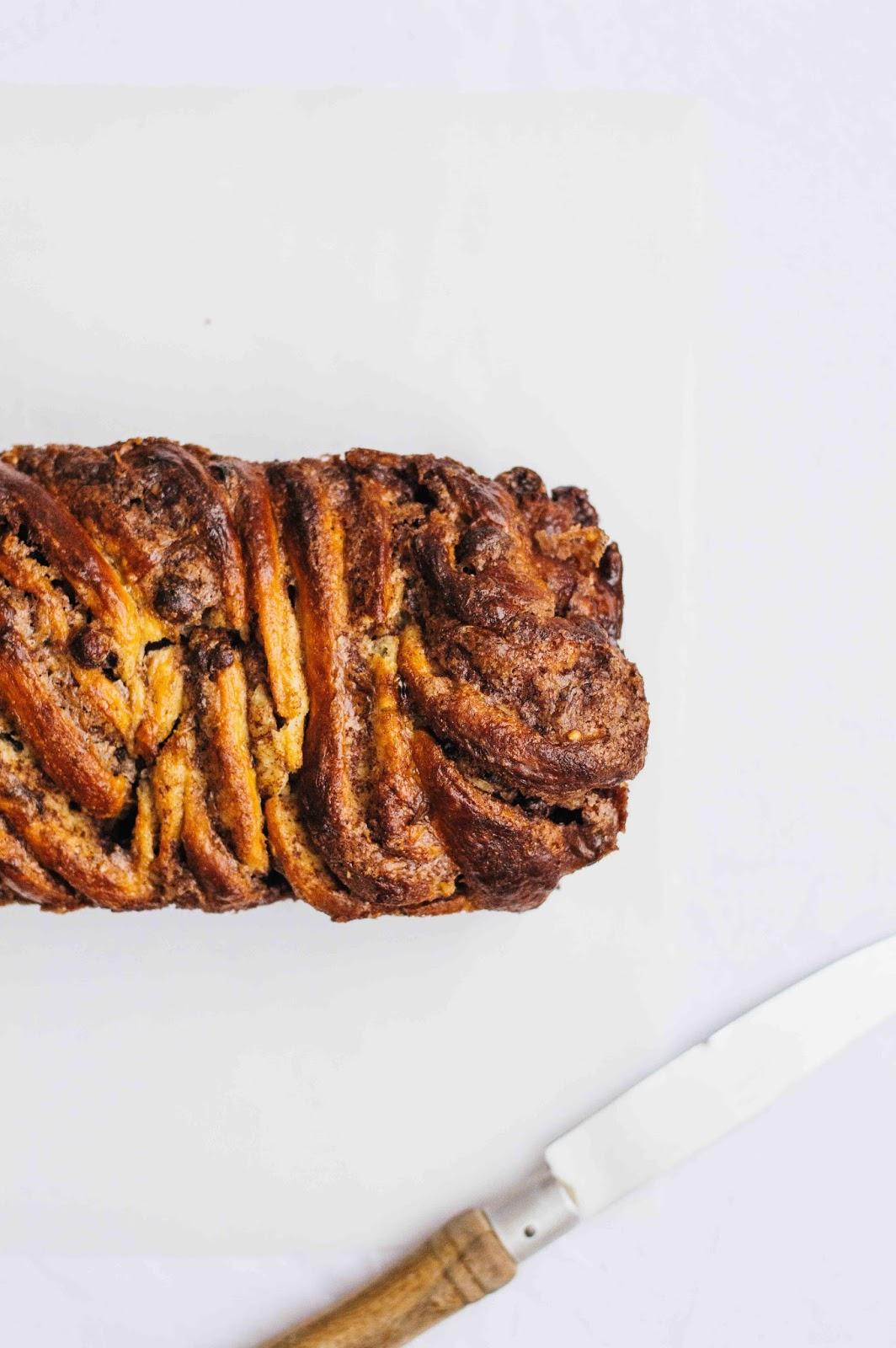 Cinnamon Hazelnut Babka | https://oandrajos.blogspot.com
