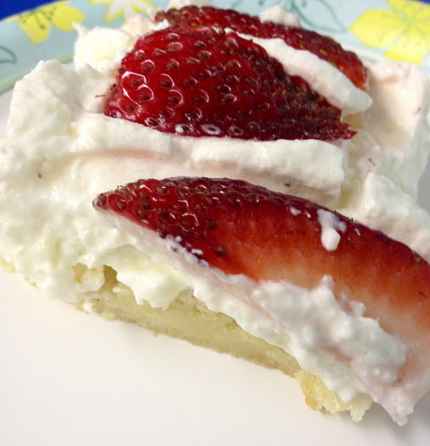 Easy Puff Pastry Strawberry Tart