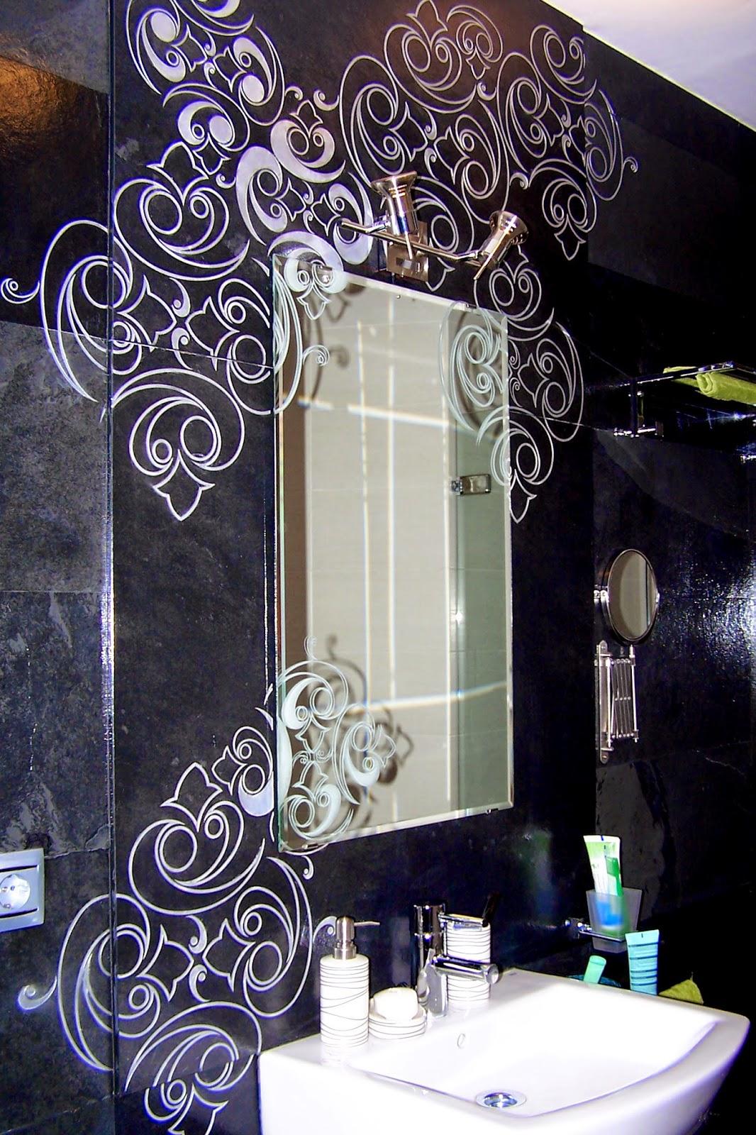 aplcado y grabados de pizarra para baño