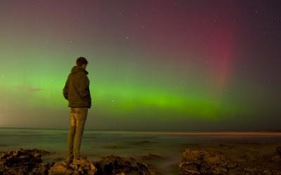 Ζητείται υπάλληλος για να κοιτάει το Βόρειο Σέλας