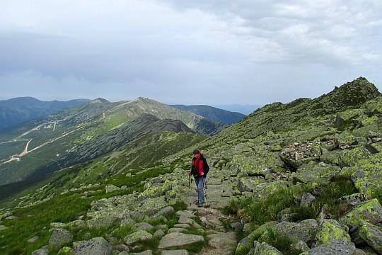 Szlak podejściowy na szczyt Ďumbiera.