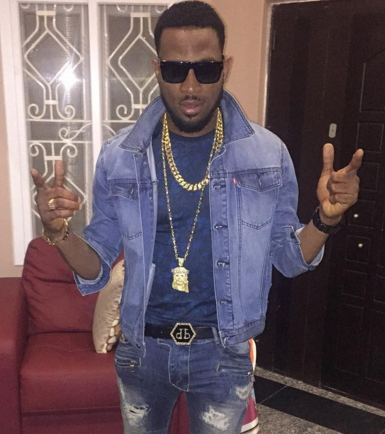 dbanj disgraced arik air flight