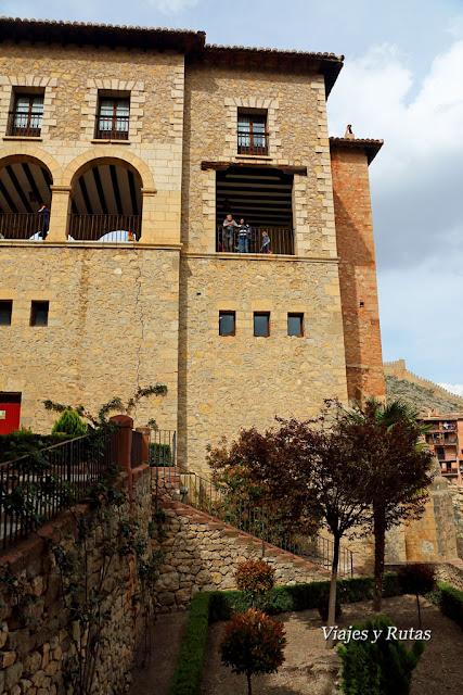 Parte trasera del ayuntamiento de Albarracín, Teruel