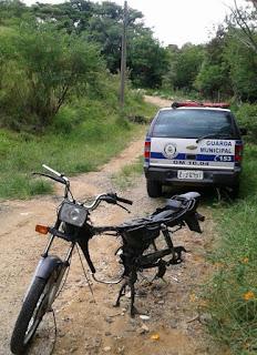 Guarda Municipal apreende moto depenada em Pedreira