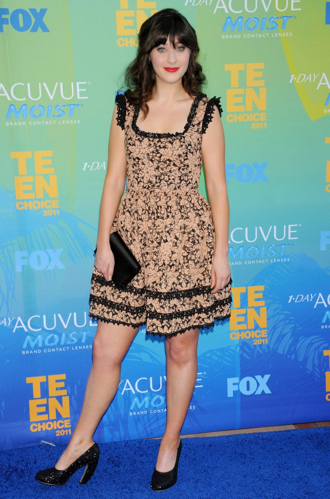 Red Carpet Dresses Zooey Deschanel Teen Choice Awards 2011