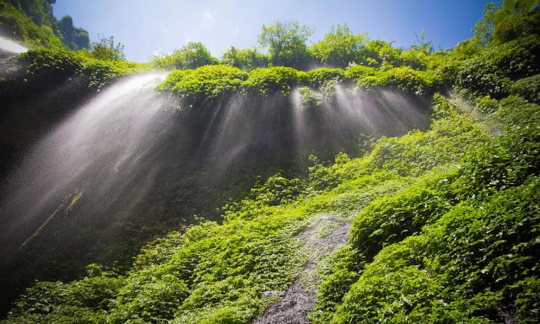 air terjun madakaripura di bromo jawa timur