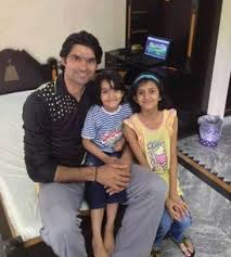 Mohammad Irfan, Biography, Profile, Age, Biodata, Family , Wife, Son, Daughter, Father, Mother, Children, Marriage Photos.
