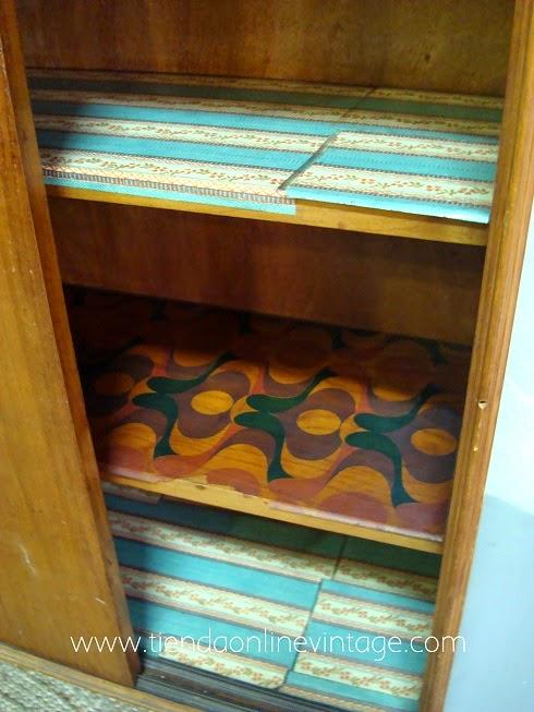 Muebles antiguos con encanto en valencia. Estilo danés, aparadores daneses.