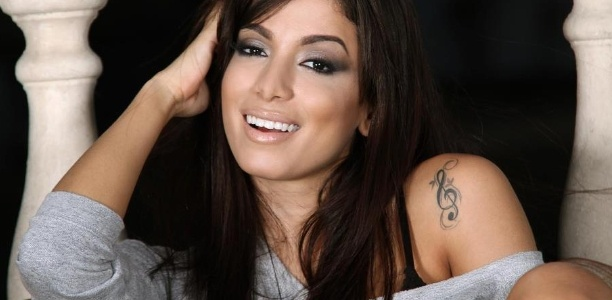 Vai, Linda!: Maquiagens da funkeira: Anitta