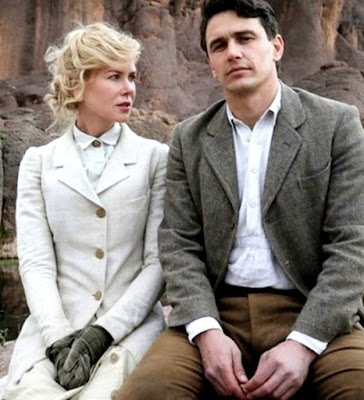 Nicole Kidman e James Franco in The Queen of the Desert