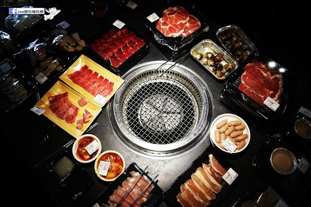IMG 8756 - 【熱血採訪】肉多多 - 超市燒肉,三五好友一起來採購,想吃甚麼自己拿,現拿現烤真歡樂! 產地直送活體海鮮現撈現烤、日本宮崎5A和牛現點現切!