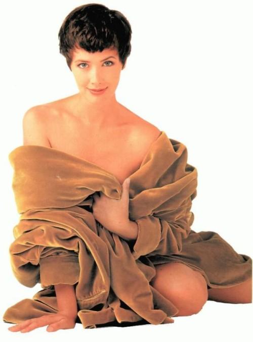 Janine Nude Photos