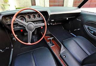1971 Plymouth 426 HEMI Cuda Cabin Interior