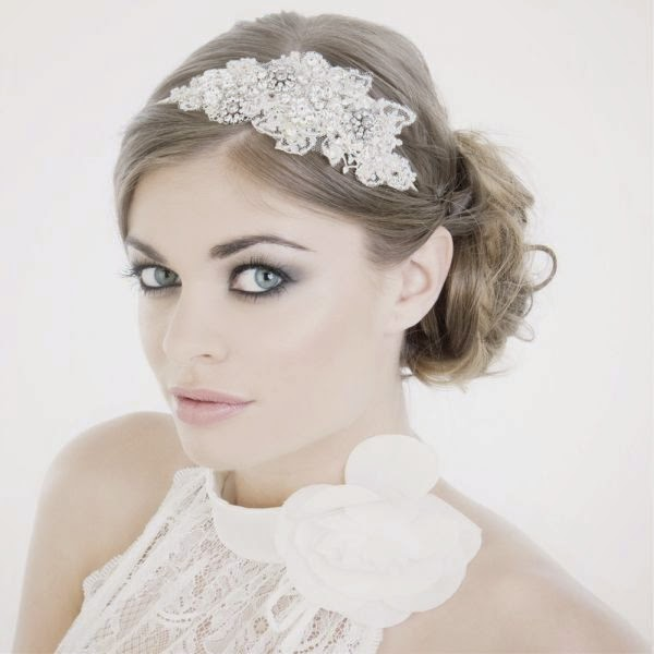 Diademas joya para novias blog de bodas originales para for Modelos de diademas