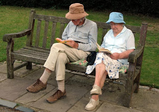 cute old couple reading