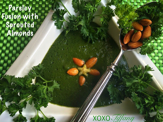 Parsley Fusion with Sprouted Almonds
