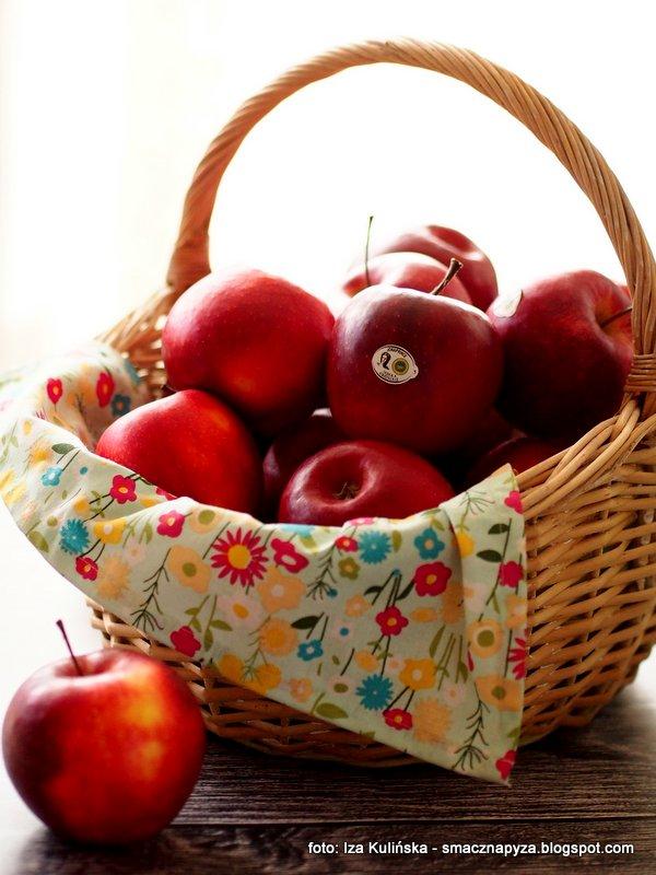 red jonaprince, jablko, czerwone jabluszko, jablka deserowe, slodkie, owoce, sady kolo grojca, najlepsze jablka