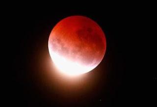 Niat Shalat Gerhana Bulan dan Matahari Lengkap Dengan Tata Caranya