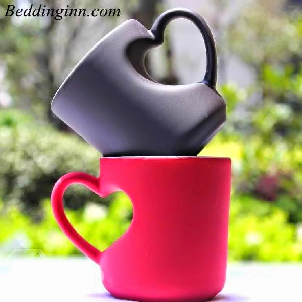 Heart Shape Handle Design Tea and Coffee Cup with Black and Red
