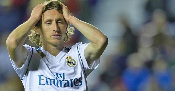 Modric Bela Ramos dari Kecaman Lovren