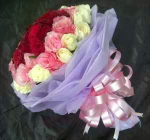 Bunga Tangan Mawar