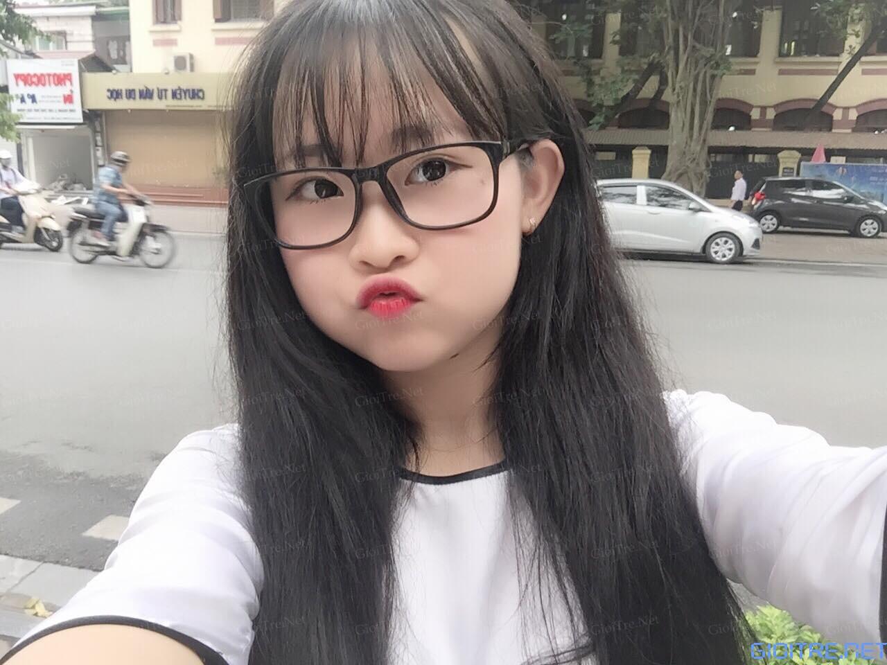 Thu Hằng: Xinh không tưởng^^