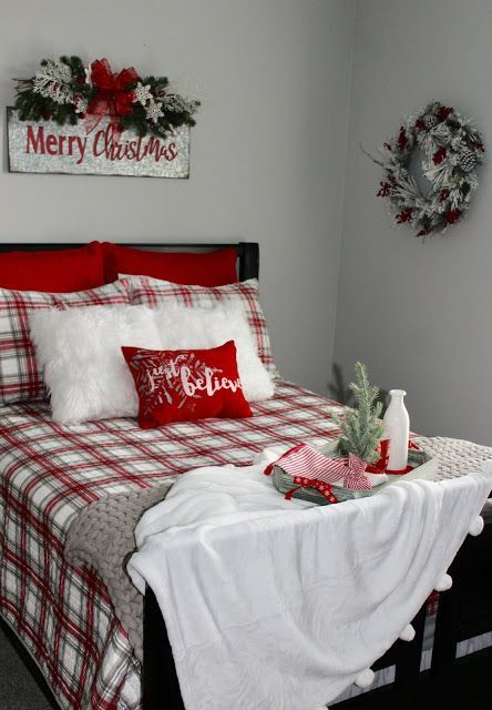 Red and White Christmas Bedroom Decor Idea