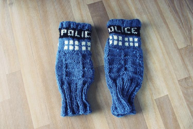 Knitted Doctor Who Tardis Gloves Marionhoney