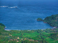 Indah Pantai Blado Dan Ngadipuro Dari Gunung Puncak Munjungan