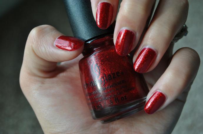 red glitter nails, China Glaze Ruby Pumps, Ruby Pumps, China Glaze, red, glitter, nail polish