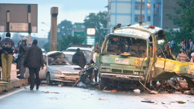 ارتطام سيارة بقنبلة فى كينيا تسفر عن مقتل ثلاثة جنود