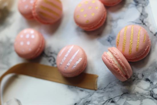 Wedding favour macarons recipe