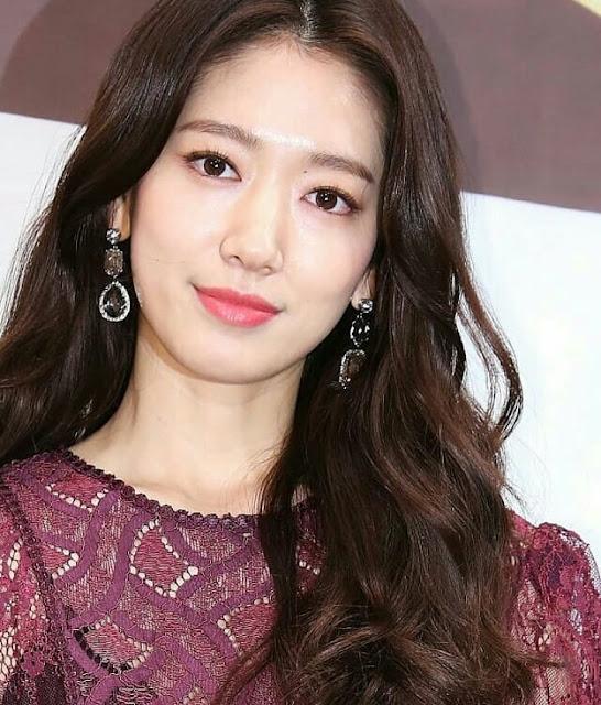 Park Shin Hye, biodata park shin hye, park shin hye biodata, profil park shin hye, park shin hye profile, foto park shin hye, park shin hye photos, 박신혜.