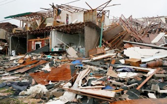 Hình ảnh như ngày tận thế sau khi bão Harvey đổ bộ Texas (Mỹ)