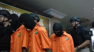 Setujukah Kalian Dengan ini ? MUI Usul Pembunuh Enno Dihukum Mati - Commando