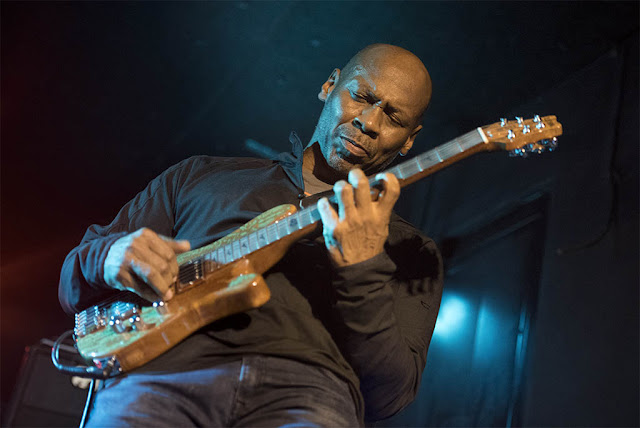Kevin Eubanks - Sala Clamores (Madrid) - 28/11/2017
