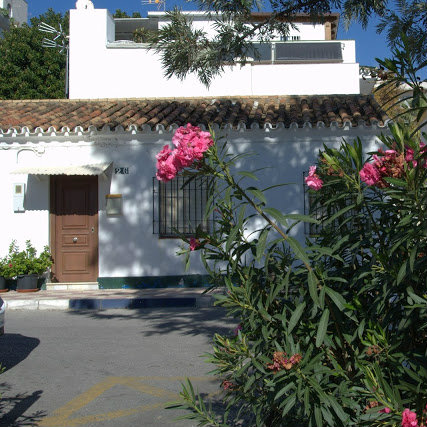 kwitnące oleandry Marbella