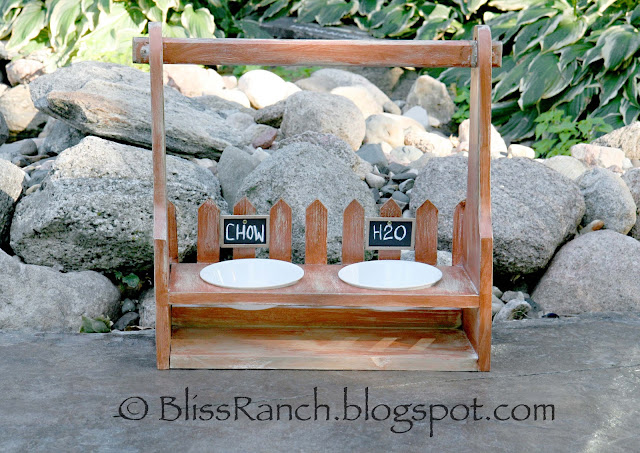 Upcycled Tote Turned Dog Feeder, Bliss-Ranch.com