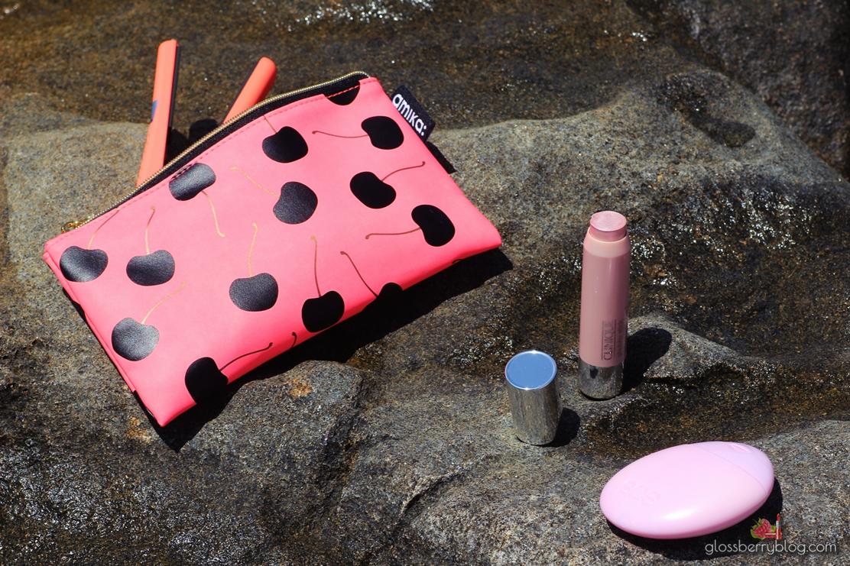 קרם ידיים EOS Everyday Hand Lotion  - Berry Blossom סקירה גלוסברי בלוג איפור וטיפוח