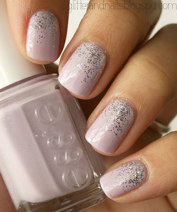 Stunning Formal Nails With Glitter