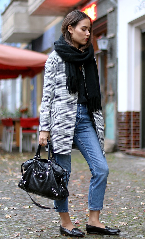what to wear with a black scarf : bag + plaid blazer + jeans + flats + top