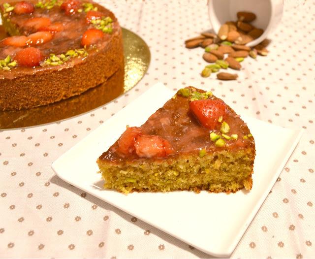 bizcocho-de-pistacho-con-fresas, pistachio-strawberry-cake