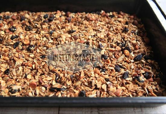 Homemade Crunchy Granola: Renyah, Lezat, Sehat
