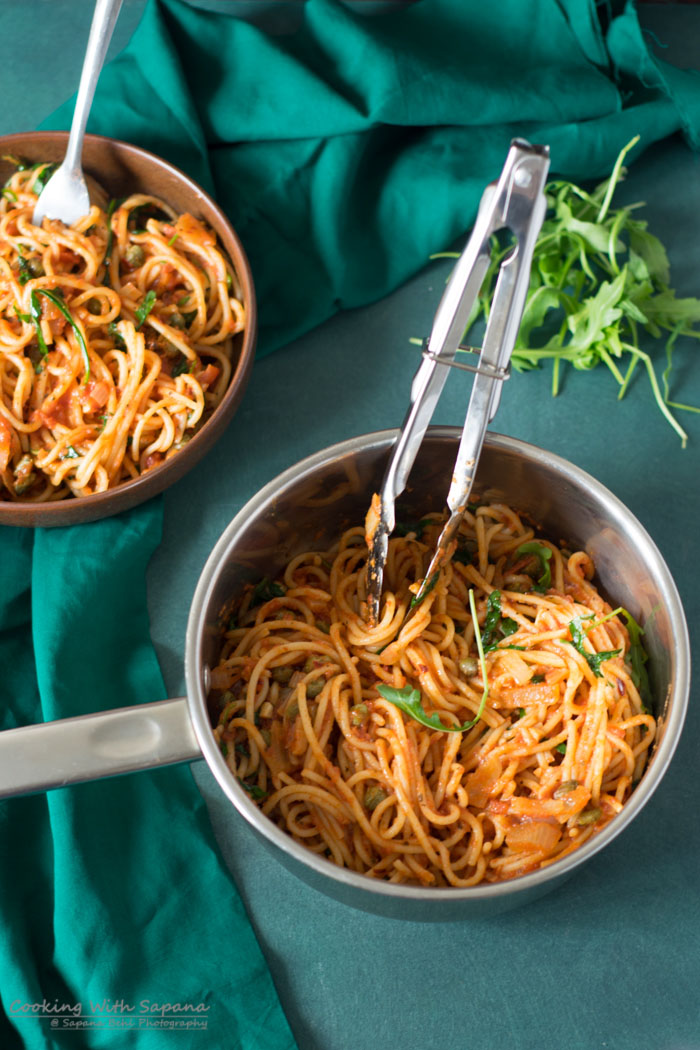 One Pot Spaghetti with Rocket Leaves - Cookingwithsapana