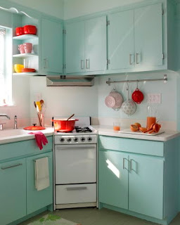 Paint your old wood kitchen cabinets