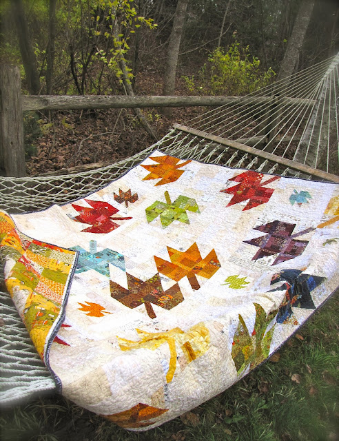 Lynn's Scrappy Modern Maple Quilt