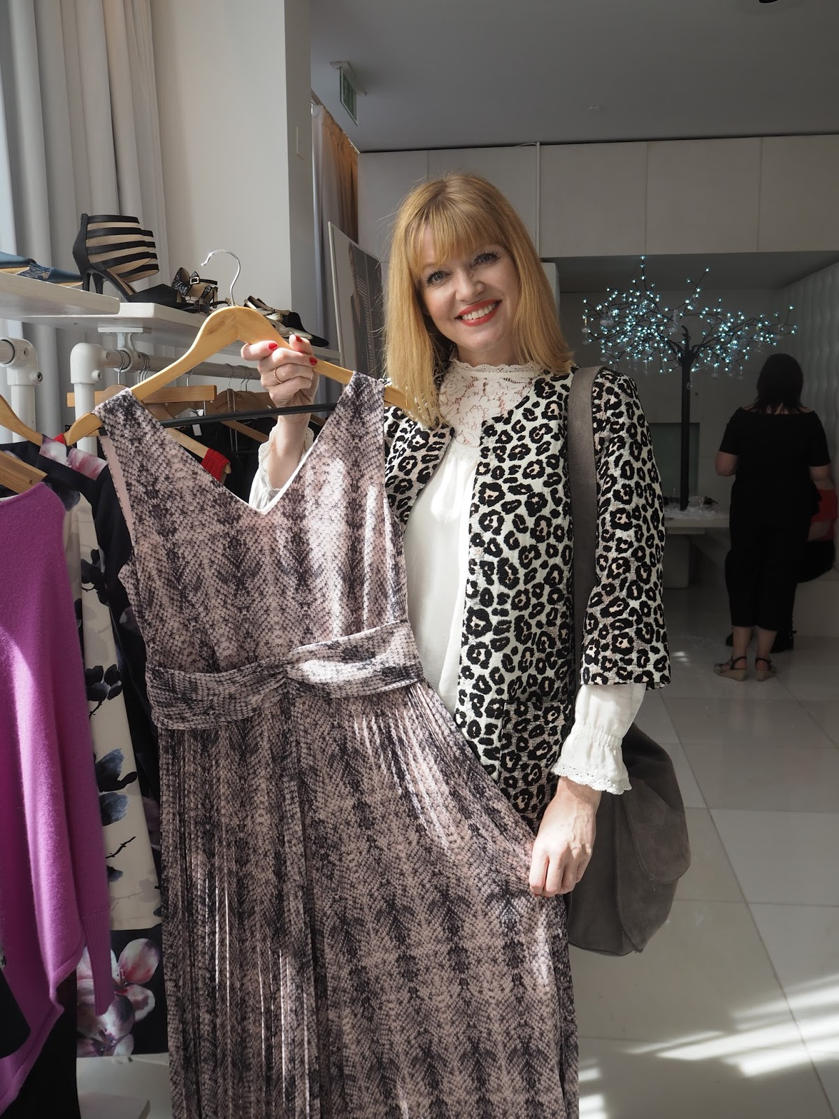 What-Lizzy-Loves-Kaleidoscope-AW17_Press-Day-Snakeprint-maxi-dress