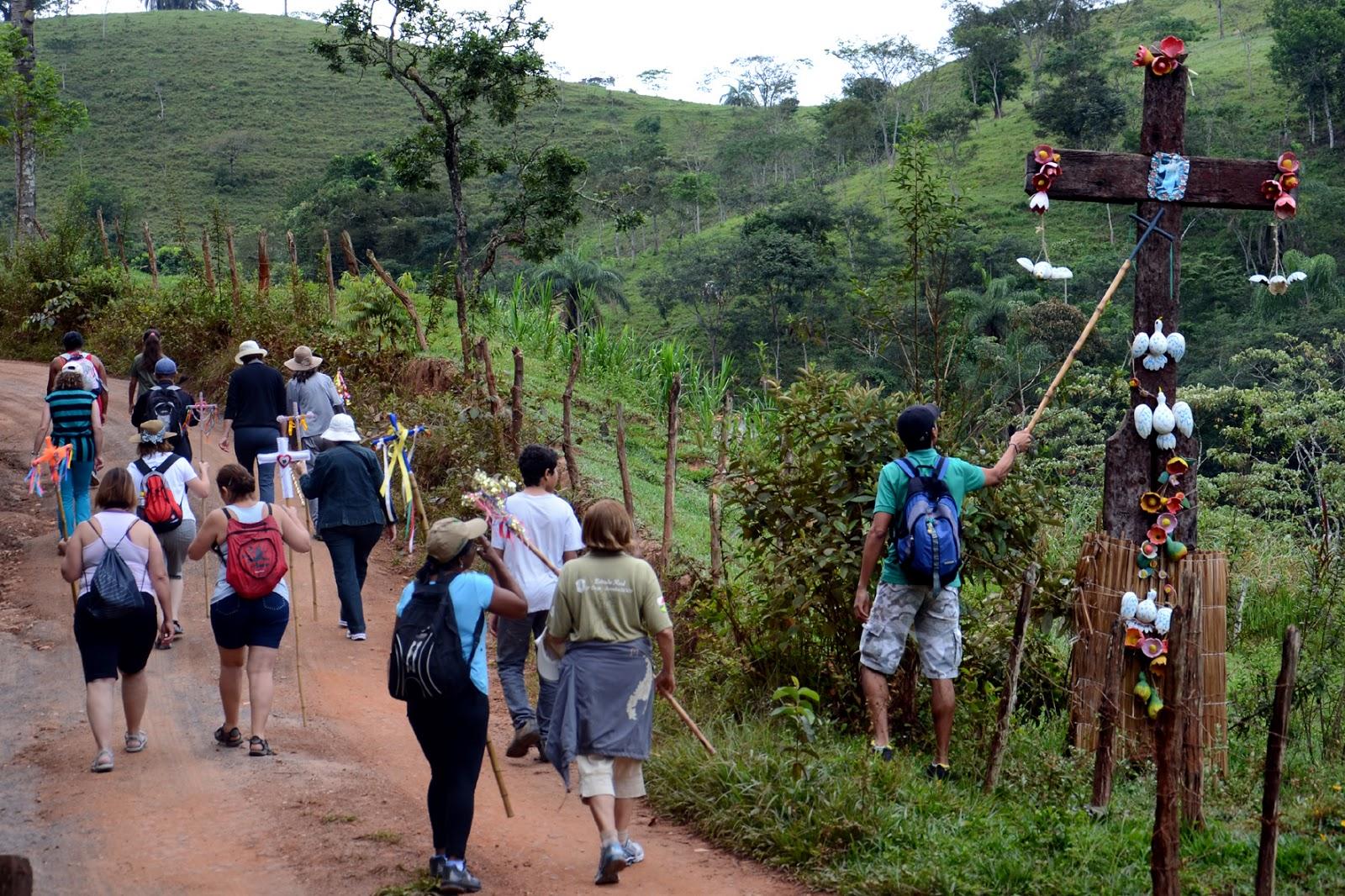 47bb7d5bf0d6 O caminho de Ipoema ao Morro Redondo é demarcado com 13 cruzeiros