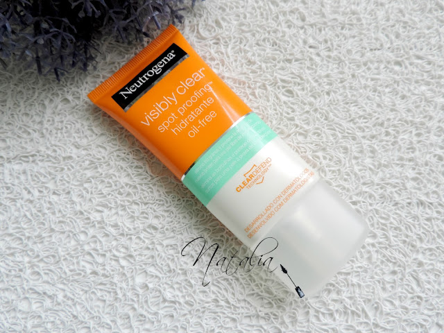 Visibly-Cleat-Spot-Proofing-Neutrogena